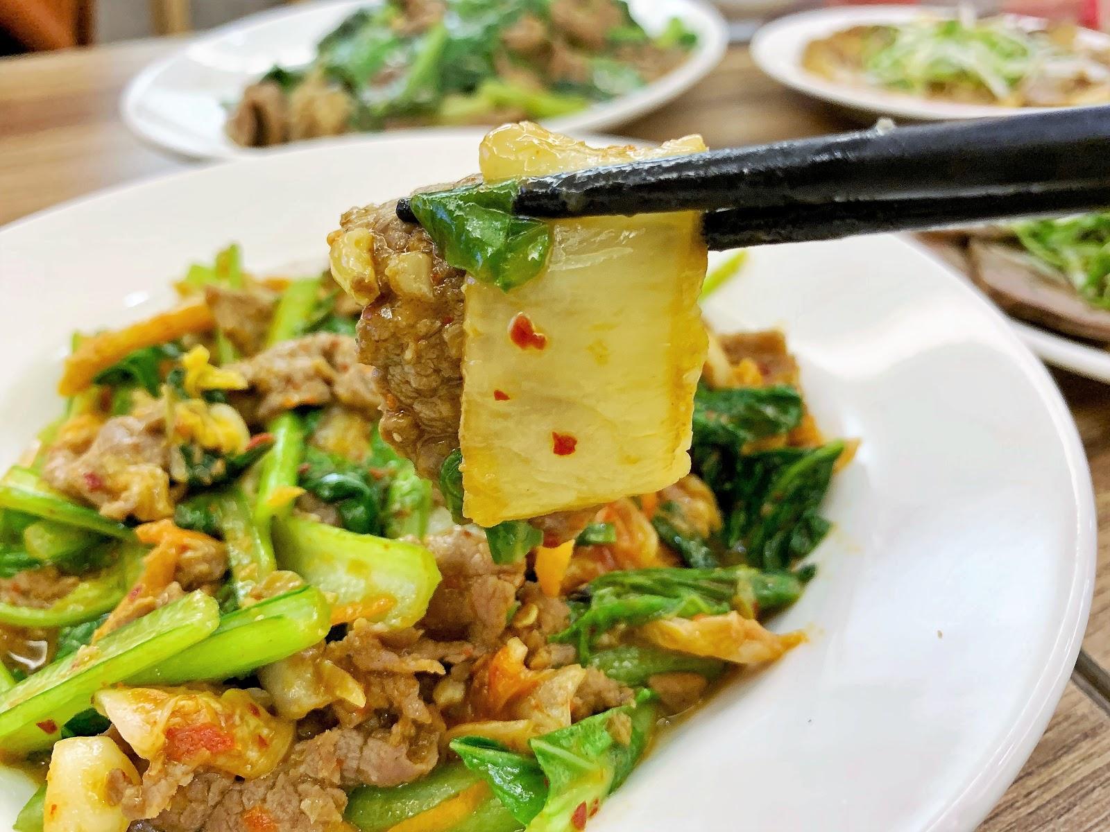 微辣開胃的只有牛韓式泡菜炒牛肉