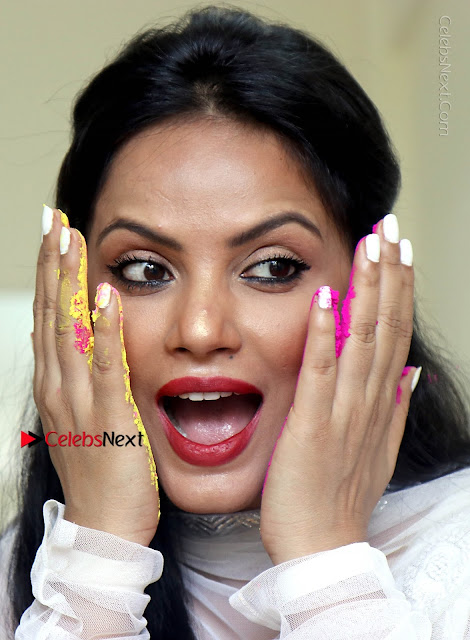 Bollywood Actress and Producer Neetu Chandra Special Po Shoot Gallery in a Dry Holi Celetion  0001.JPG