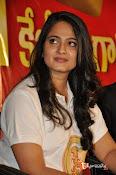 Anushka at Size Zero Pressmeet-thumbnail-1