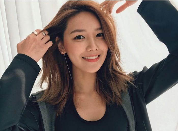 Uni Dzalika: 20 Fashion Inspiration of Sooyoung SNSD!