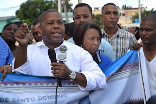 Adán Peguero insta a rechazar intención de quitarle nombre de Peña Gomez al nuevo  palacio municipal