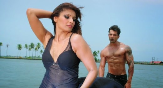 Alone movie, Bipash Basu in Alone, Bipasha Basu, Karan Singh Grover, Bhushan Patel
