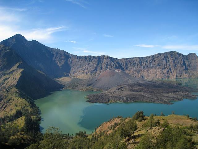 9 puncak gunung paling cantik di dunia. Sumber Google.