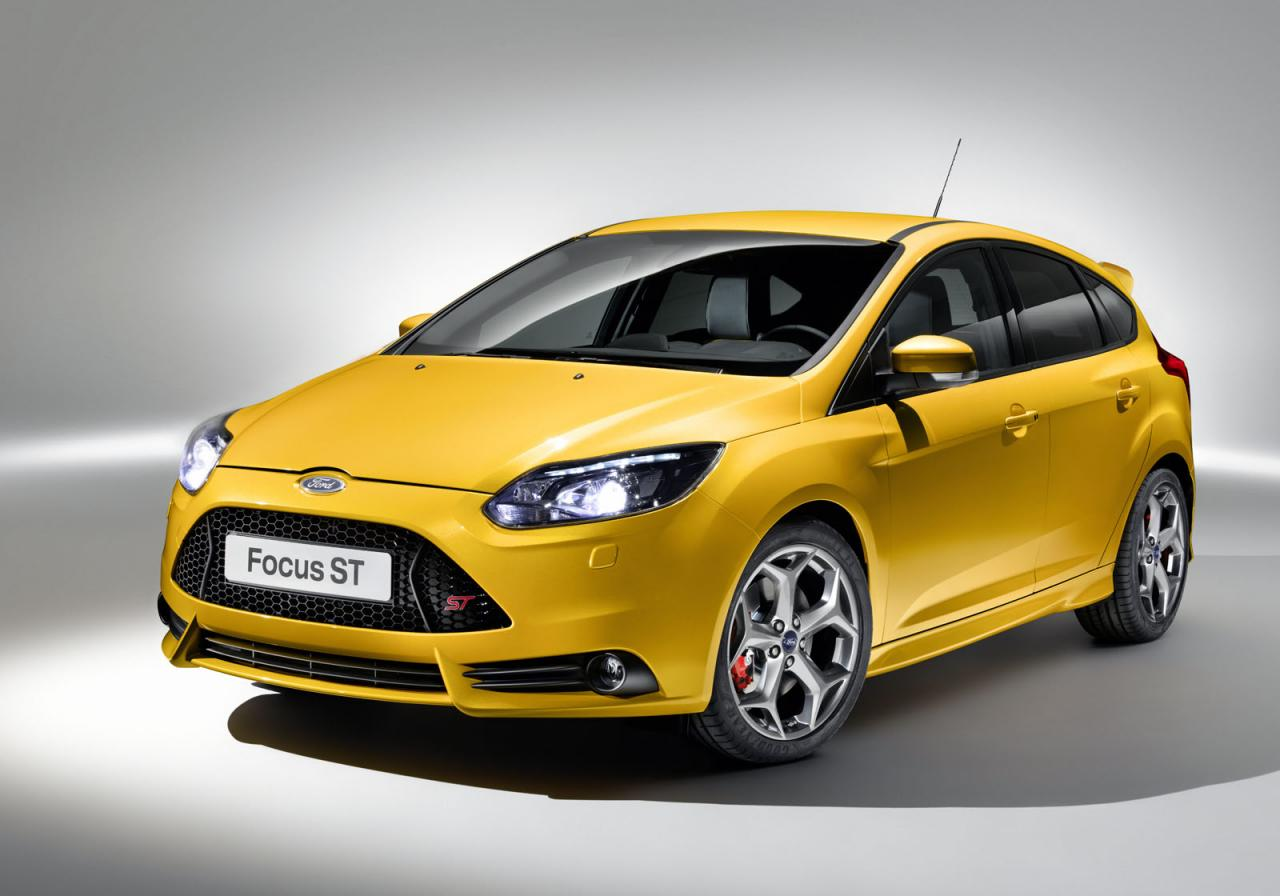 the fastest cars 2012 ford focus st. Black Bedroom Furniture Sets. Home Design Ideas