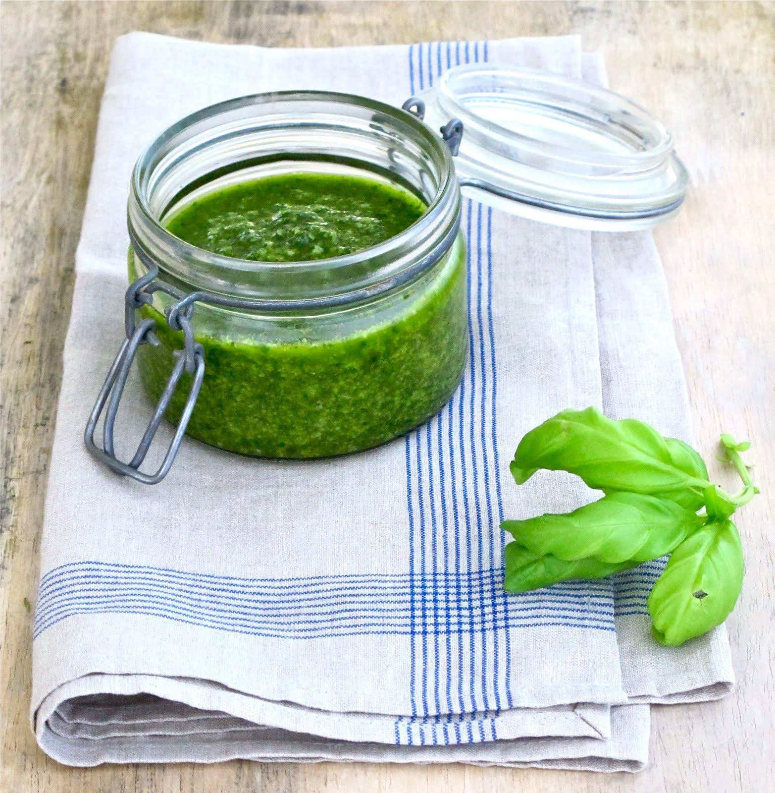 Jenny Steffens Hobick: Homemade Pesto Sauce