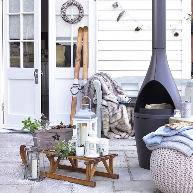 Rustic Style Winter Garden Patio with Chiminea