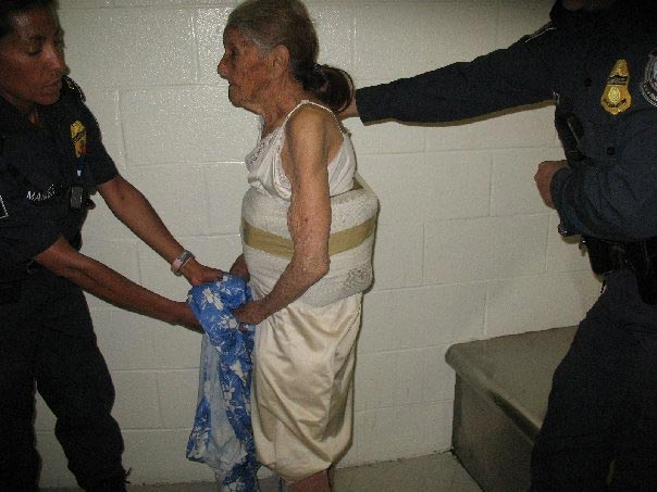 94-year-old grandma drug dealer caught in USA airport