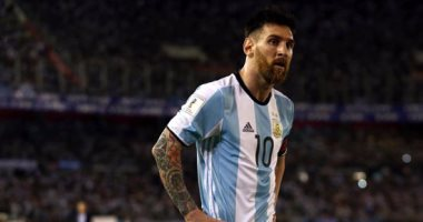 الفيفا: ايقاف ميسي 4 مباريات بسبب سب الحكم البرازيلي