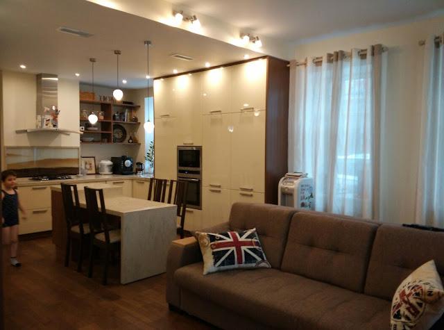 Декоративные подушки на диван в английском стиле (60х40 см) - украшение для кухни-столовой