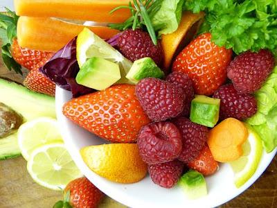 manfaat-salad-buah-bagi-kesehatan,www.healthnote25.com