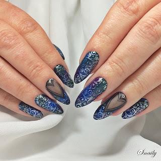 http://snaily-nails.blogspot.com/2018/03/darkness.html