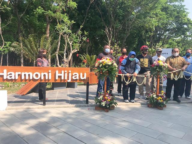 Kusdinar Untung Yuni Sukowati Resmikan Sragen Harmoni Hijau Hutan Kota Plumbungan.lelemuku.com.jpg
