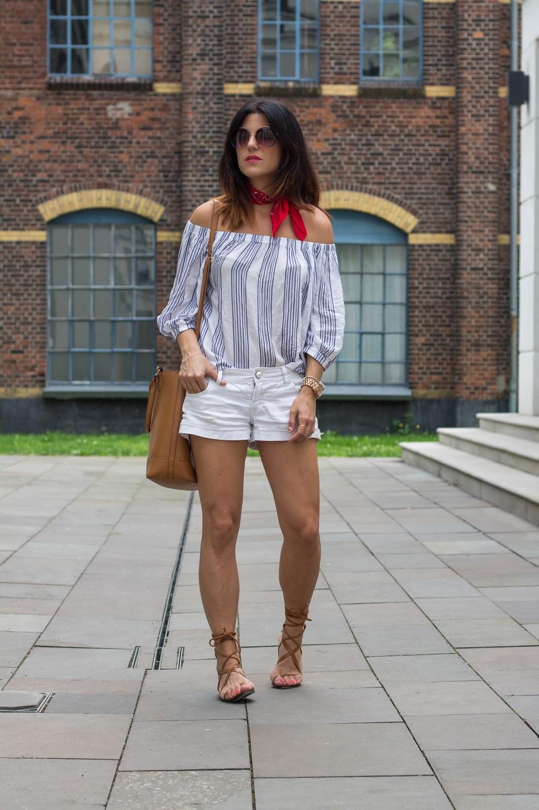 http://fashionavenueabc.blogspot.de/2016/08/red-bandana.html