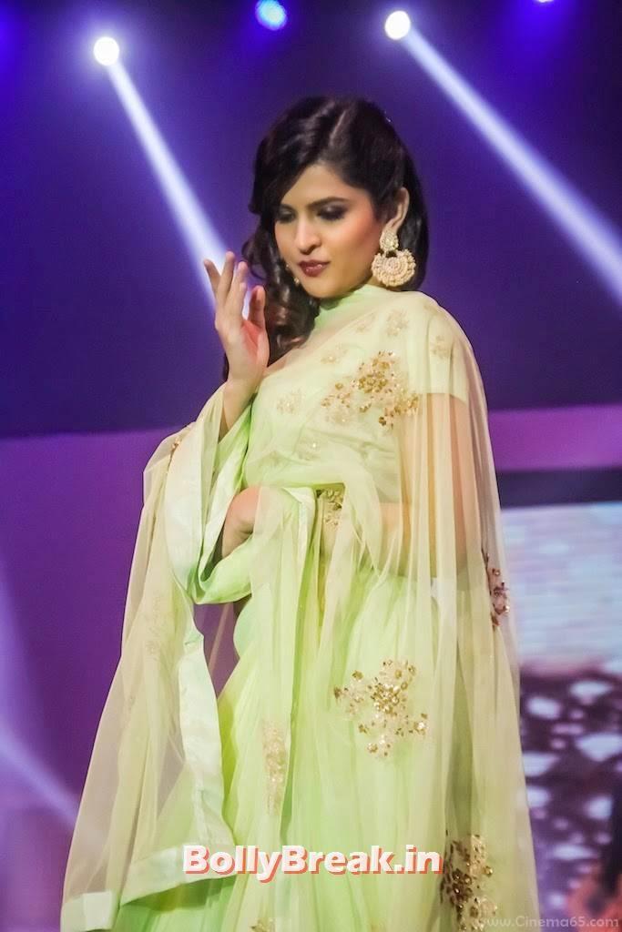 Deeksha Seth Stills, Deeksha Seth in Green anarkali Dress - Ramp Walk Pics