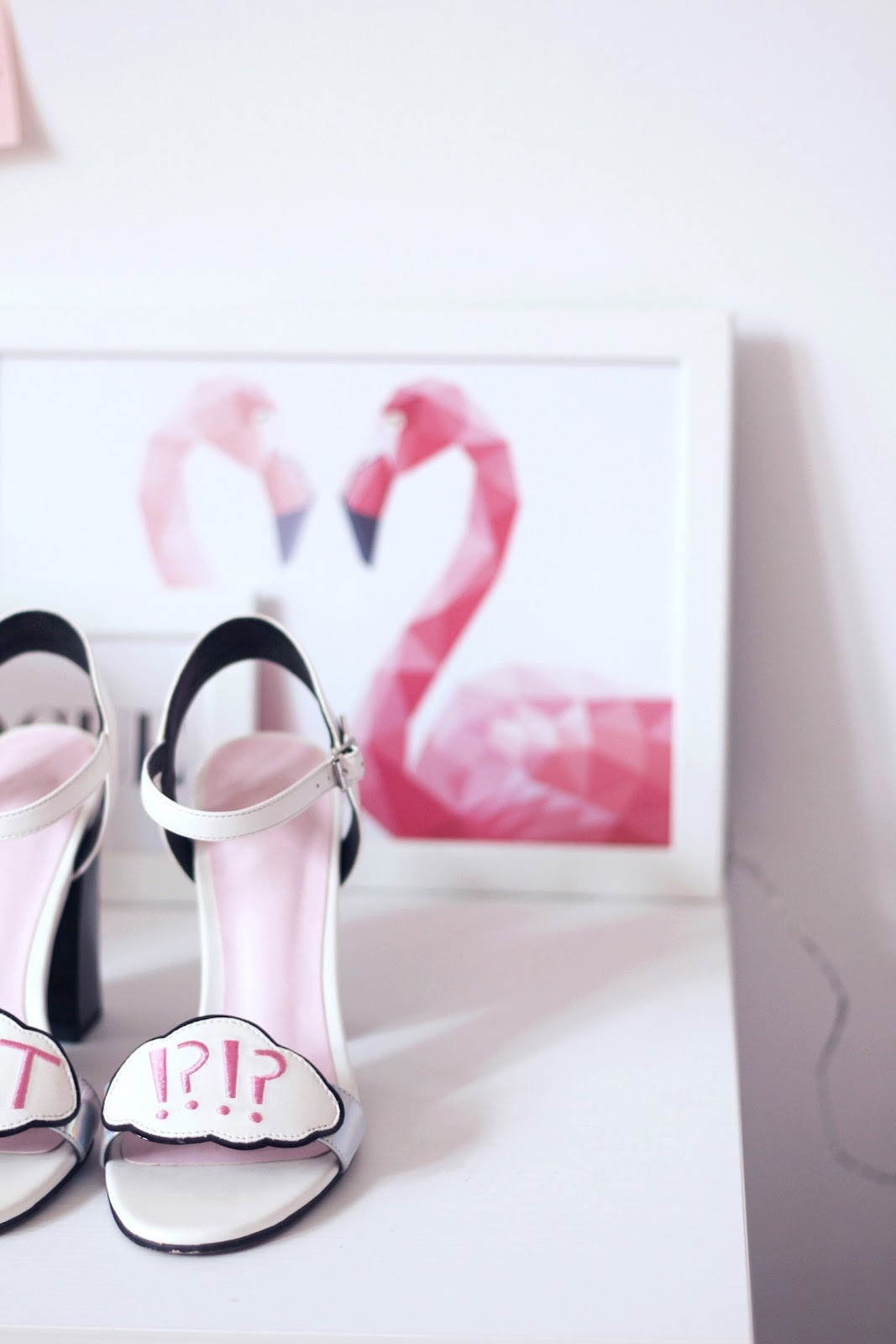 fashion shoes heels sandals asos flamingo interior design home pink sophia webster vogue glamour shoeting
