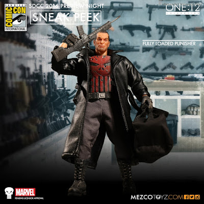 Mezco One:12 Collective Marvel Comics Fully Loaded Punisher Action Figure