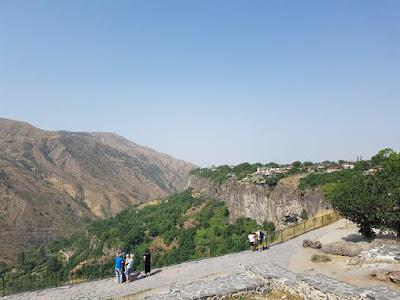 Vistas desde el Templo de Garni