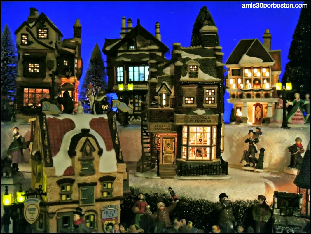 Yankee Candle Village: Black Forest