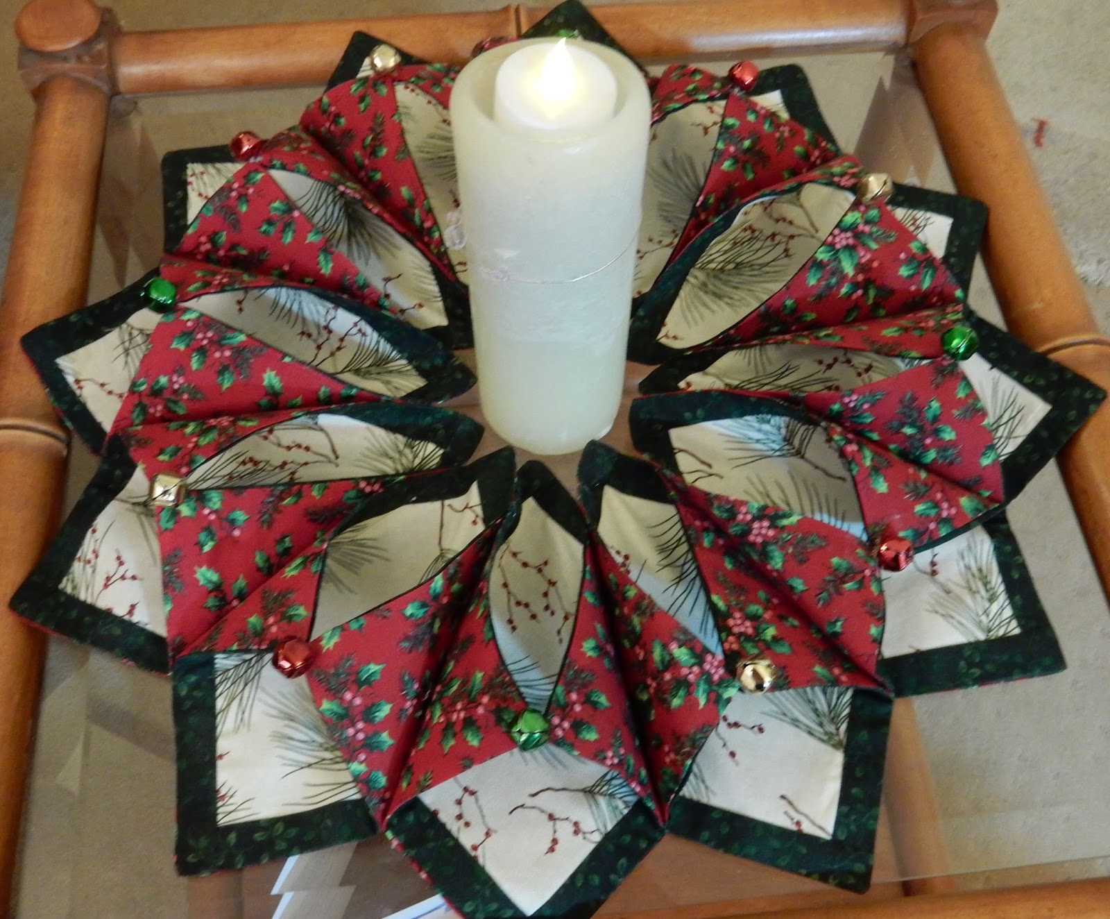 Jozart Patchwork Table Centre Amp Last Of The Christmas Makes