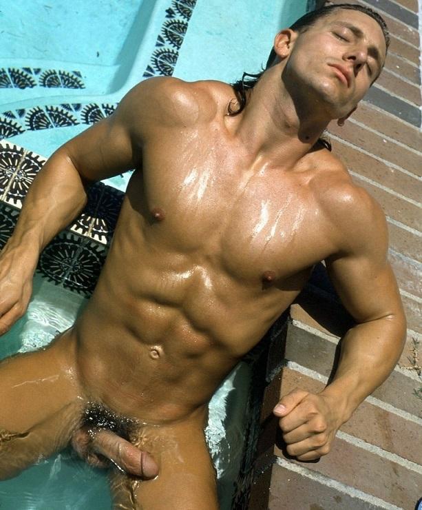 мир голых мужчин гей фото