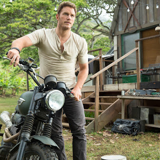 Chris Pratt alpha male Owen Grady Jurassic World poster wallpaper image picture screensaver
