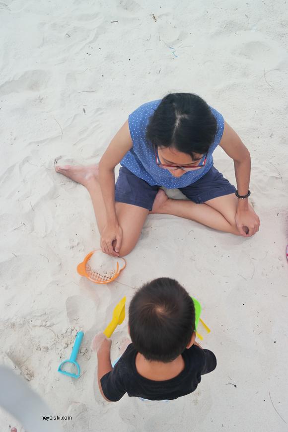 main pasir di belitung
