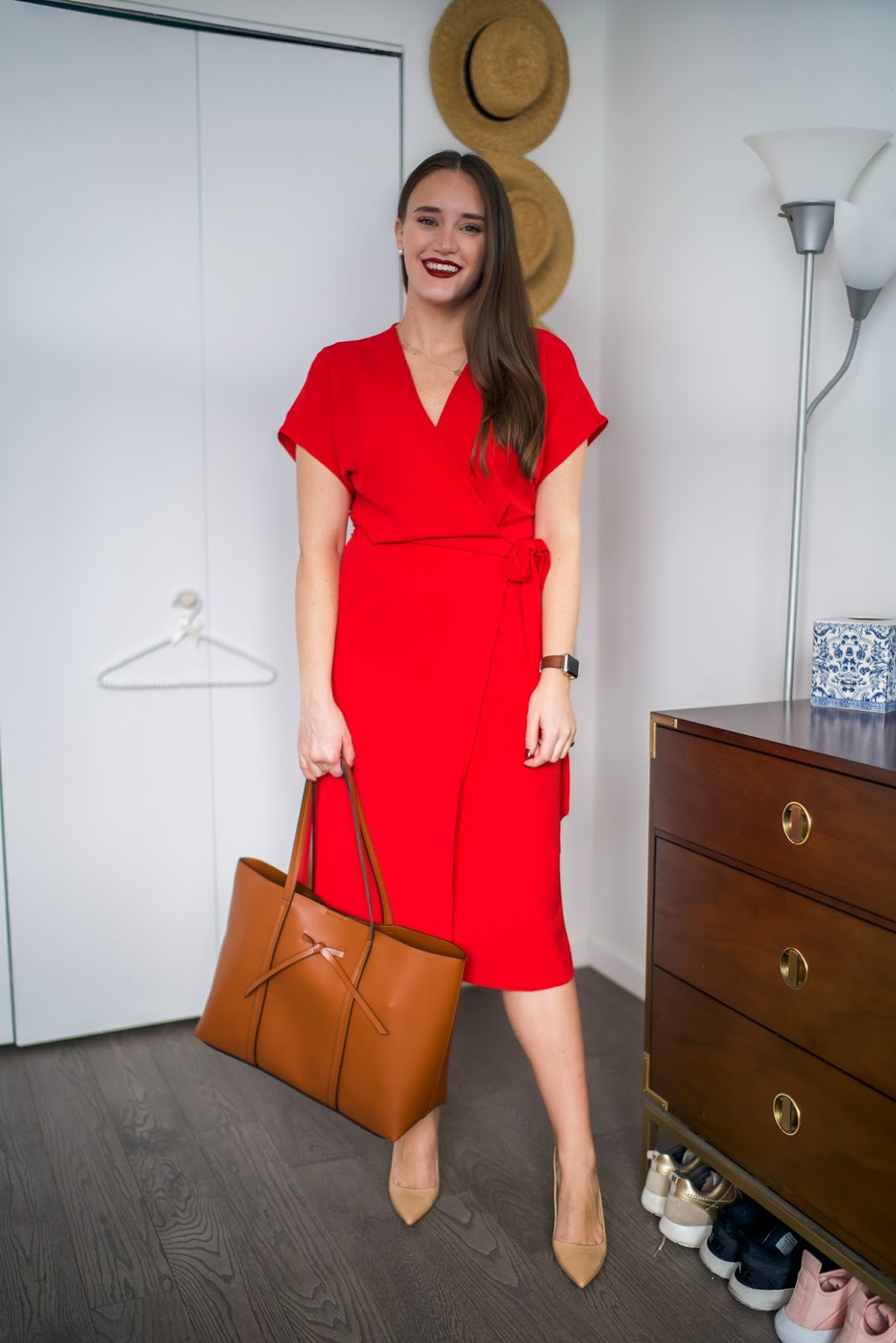 A Simple Office Look for the Work by popular New York fashion blogger Covering the Bases
