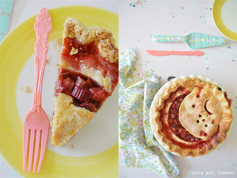 Strawberry Rhubarb Pie, Game of Thrones, Pie Decorating Ideas, Game of Thrones Pie