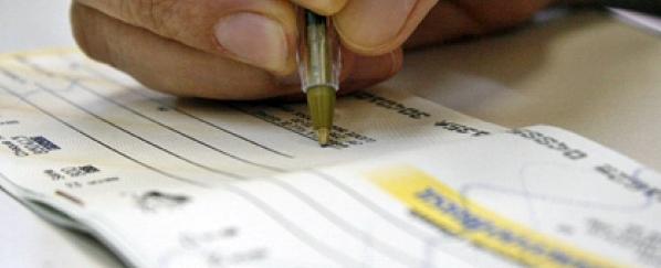 Iretama: Policia alerta população sobre golpes com cheques