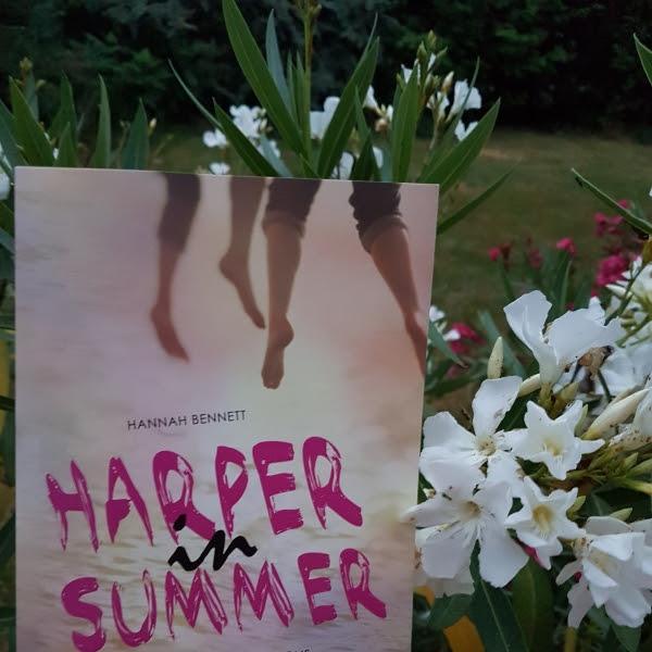 Harper in summer de Hannah Bennett