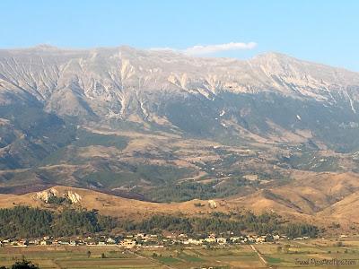 Vue sur les montagnes, à Gjirokaster en Albanie