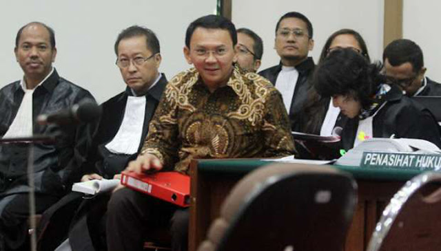 Ahok Resmi Mengundurkan Diri dari Jabatan Gubernur DKI Jakarta