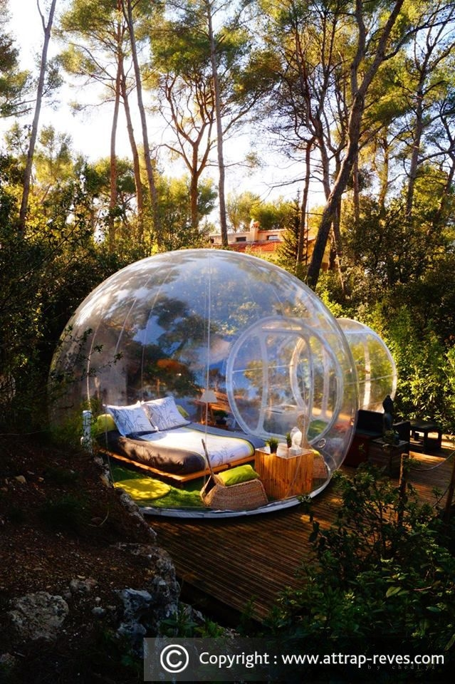 01-Zen-bubble-Attrap-Rêves-Architecture-with-the-5-Bubble-Hotel-Rooms-www-designstack-co