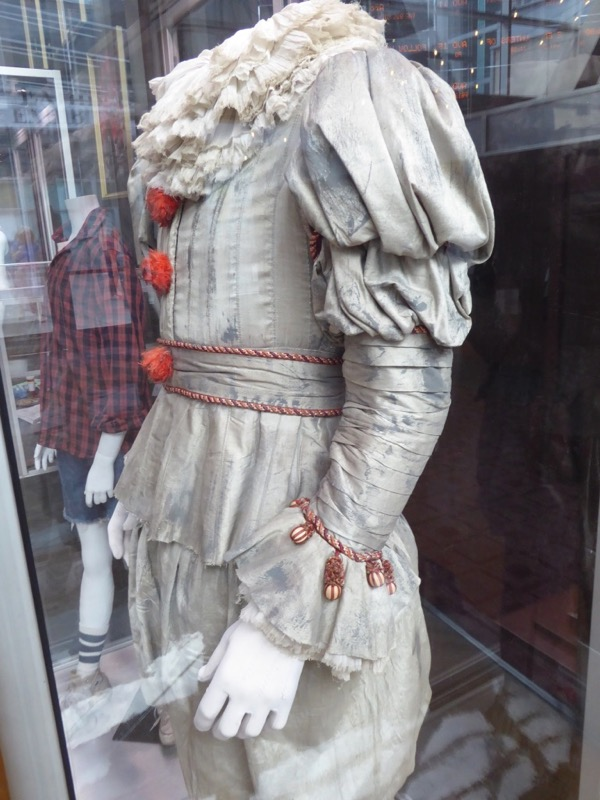 Pennywise IT film costume detail