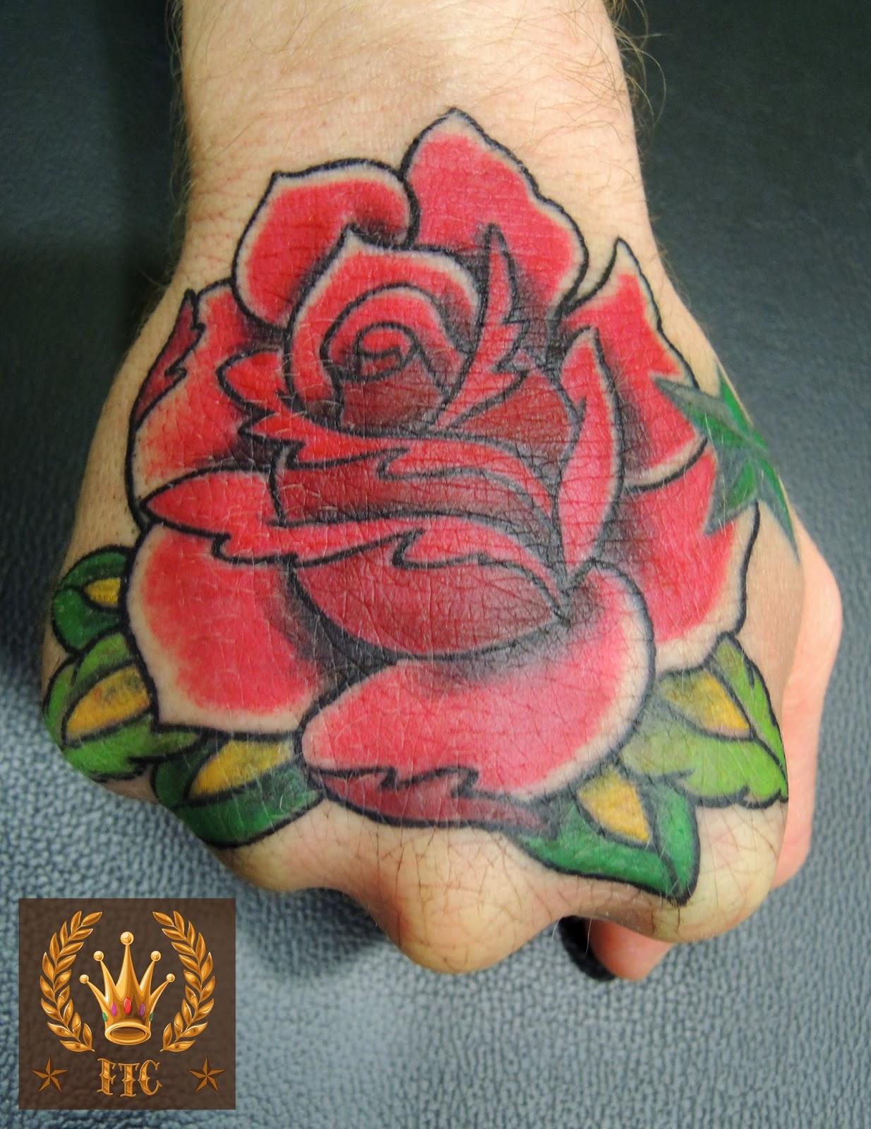 ftc tatouage bordeaux une rose. Black Bedroom Furniture Sets. Home Design Ideas