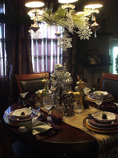 Silver, gold and white christmas tablescape