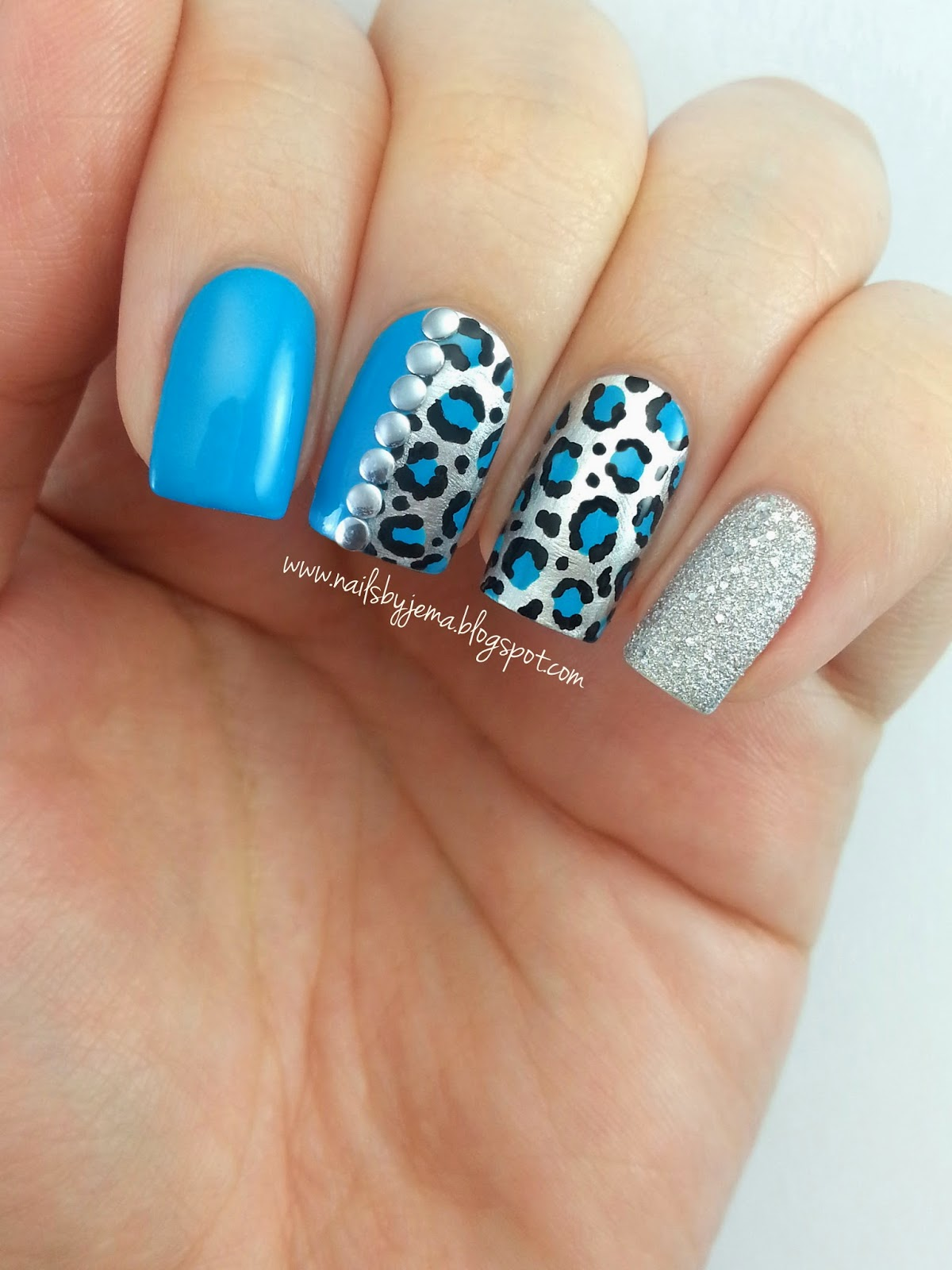 Cheetah Print Nails Blue