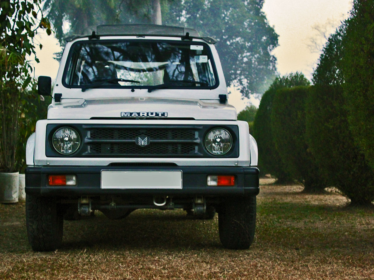 car and bike: Maruti Suzuki Gypsy Car Photos ,Images And Pictures