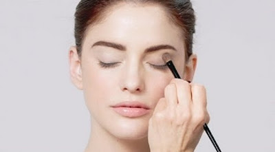 How to Choose Eye Makeup