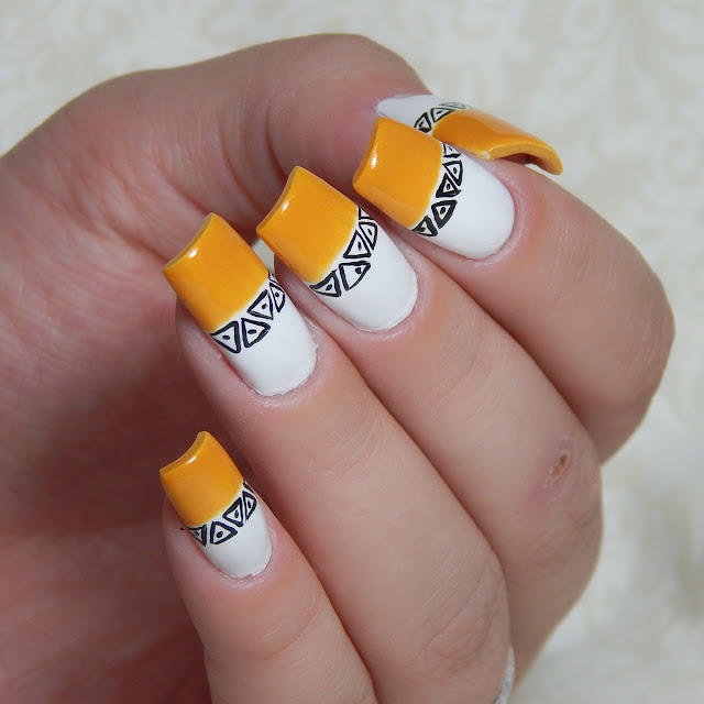 yellow-nail-art