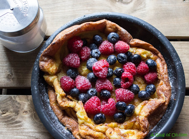 Oven Cooked Pancake with Berries