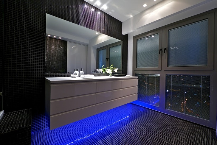 Blue light in the black bathroom