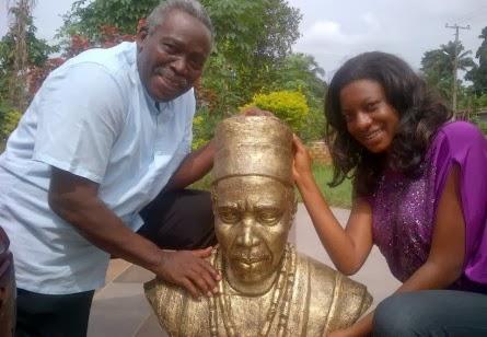 olu jacobs statue of honour