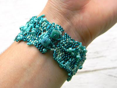 необычные украшения ручной работы браслет из бисера купить россия