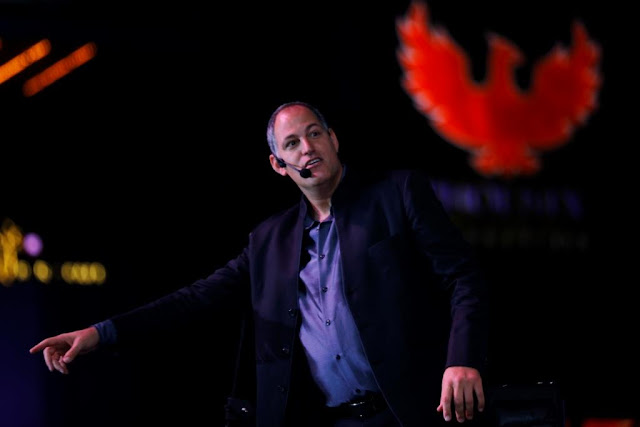 An enchanting evening at Phoenix Marketcity with world renowned Mentalist ROY ZALTSMAN
