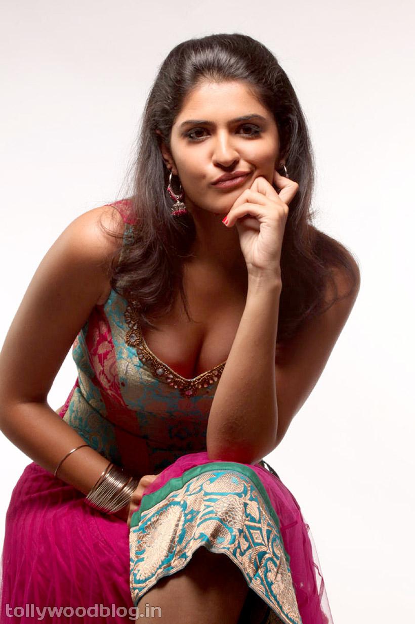 Celebrity Wallpaper Deeksha Seth Hot Photos-4510