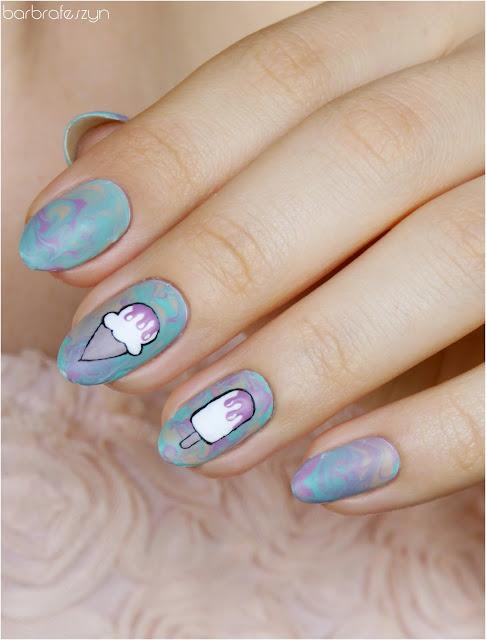 lody na paznokciach