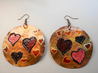 https://www.etsy.com/listing/585451783/hearts-in-love-love-is-in-the-air