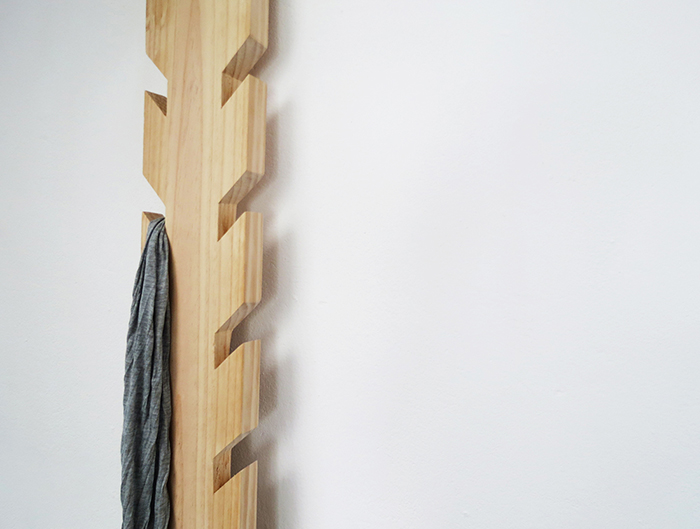 https://www.ohohdeco.com/2016/01/diy-coat-rack.html