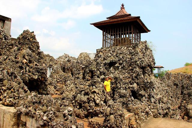 salmanbiroe - Indonesian Lifestyle Blogger - Ritual Panjang Jimat Keraton Kanoman Cirebon